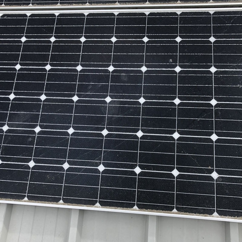 Maintenance clean on solar panels