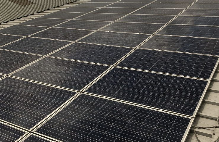 Commercial solar panel clean