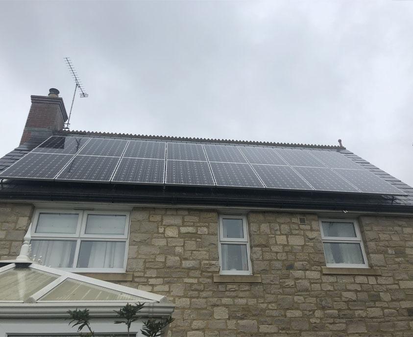 Solar panel clean in Dorchester