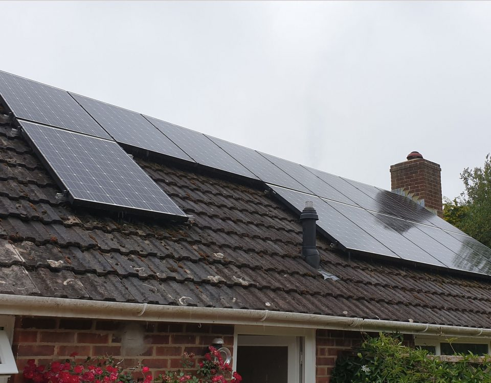 cleaning of solar panels on roof