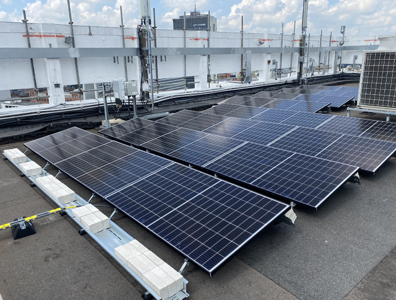 commercial solar install on flat roof